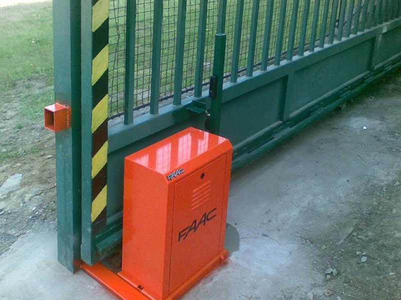Μηχανισμός τριφασικός FAAC 884 για βαριές συρόμενες πόρτες